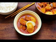 Seasaltwithfood: Easy Chicken Curry With Potatoes And Eggs  Recipe http://www.seasaltwithfood.com/2013/06/easy-chicken-curry-with-potatoes-and.html