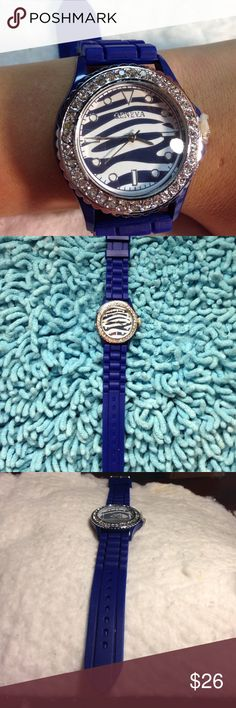 Zebra unisex women,girl Geneva jelly silicone 100% Brand New And High Quality  Movement: Quartz movement Watchband Material: Silicon Waterproof: No Gender: Female Color: Purple Style: Wrist Watch  Package includes:1 X Watch Geneva Platinum Accessories Watches