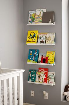 1000 ideas about floating bookshelves on pinterest bookshelves floating b - Etagere invisible ikea ...