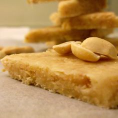 Paçoquinha de Amendoim (Brazilian sweet)