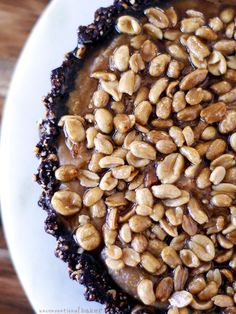 Caramelized Peanut and Chocolate Pie {Gluten-Free, Vegan, Refined Sugar-Free…