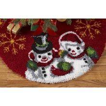 Ornaments Latch Hook Tree Skirt