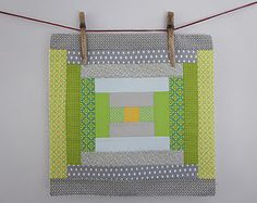 Courthouse steps in green and gray - quilt block