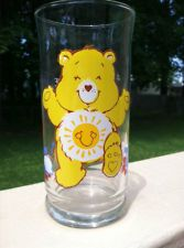 Vintage FUNSHINE BEAR CARE BEARS 1983 Lim Ed. Pizza Hut Drinking Glass
