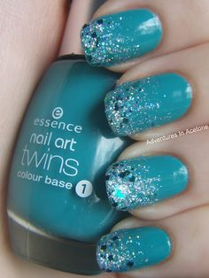 Glitter Gradient Nails - Jackie from Adventures In Acetone Blog shares application and colors.
