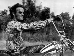 PETER FONDA - EASY RIDER  #www.motorcyclefederation.com