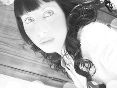 brunette #blackandwhite #totalblack #black #snap #shoot #brunette #oldpic #ridichetipassa #ragazze