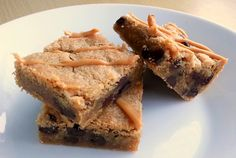 My sugar coated life.: Peanut butter and chocolate chip cookie bars - deliciously gooey and with UK measures too! Chocolate Chip Cookie Bars, Cake Business, No Bake Cake, Peanut Butter, Bakery, Sugar, Desserts, Recipes, Life