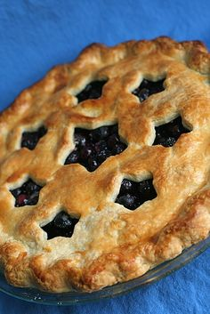 Blueberry Pie, love blueberry pie, but more importantly, my husband adores it! Fun stars!