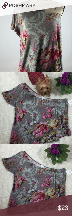 BP ONE SHOULDER BLOUSE A BEAUTIFUL ONE SHOULDER BLOUSE!!! GRAY AND PINK TOP FLORAL SIZE XL. NWT PLEASE MEASURE TO GET THE RIGHT FIT. NO LOWBALLING 😘 PRINCESS GRACE IS NOT ALLOWED ON CLOTHING!! SHE LIKES TO SNEAK IN ON PICTURES FROM TIME TO TIME! SUCH A HAM💕 BP Tops Blouses