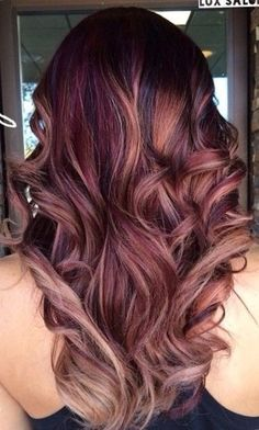 More than 40 best personalized hair designs - Page 2 of 41 - BEAUTIFUL LIFE balayagehair Lavender Hair Colors, Fall Hair Colors, Burgundy Hair Colors, Red Balayage Hair Burgundy, Burgundy Hair With Highlights, Cabelo Rose Gold, Brown Blonde Hair, Auburn Hair, Winter Hairstyles