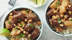 This dinner combines the comfort of beef stew with the vibrancy of Thai flavors, so consider it a quick (thanks to your Instant Pot®) and satisfying alternative to take-out. Massaman curry is a traditional Thai dish with Indian roots Massaman Curry, Beef Curry, Beef Stew Meat, Thai Recipes, Asian Recipes, Beef Recipes, Delicious Recipes, Asian Foods, Copycat Recipes