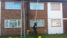 Gutter Cleaning London , Experts in gutter cleaning and repairs, and installation of guttering and fascias.