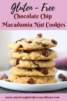 When making these Gluten Free Chocolate Chip Macadamia Nut Cookies I wanted nothing short of my childhood rendition. Taste and texture were my utmost priority and Im happy to report I nailed it! Gluten Free Cakes, Gluten Free Baking, Gluten Free Desserts, Dairy Free Recipes, Perfect Chocolate Chip Cookies, Semi Sweet Chocolate Chips, Gluten Free Chocolate, Delicious Chocolate, Sin Gluten
