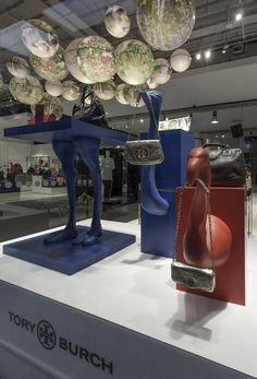 Selfridges Fashion Accessories Hall by UXUS store design