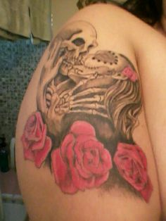 my tattoo skull w/girl  roses