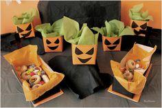 Dulceros DIY de tumba y de calabaza, hechos con cartones de leche reciclados / DIY candy bowls shaped tomb and pumpkin, made with recycled milk cartons