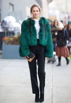 Fall winter inspriation | Streetstyle | Faux fur coat | Fake fur | Black cropped pants | Green | More on Fashionchick