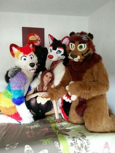 Happy Fursuit Friday all of yah <3
