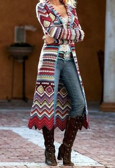 Lovely crochet colored knitted long coat. I will do this for the next fall!