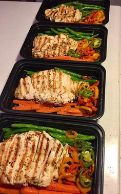 Grilled Italian Chicken with Fresh Green Beans Carrots and Sweet Peppers #mealprepping #OneSimpleChange #mealprep #healthy #mealplanning #healthyliving #food #weightloss #sunday