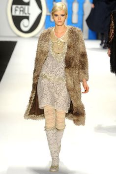 Anna Sui »  Fall 2012 RTW »    I have a faux fur coat exactly like this from Zara 2 years ago!