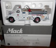 first gear 1:34 diecast 1960 B-model pumper truck texaco (2639) #FirstGear