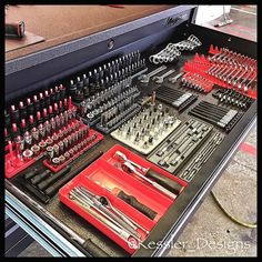 My tool box is not like this museum piece. Tool Box Storage, Workshop Storage, Garage Workshop, Garage Storage, Storage Room, Mechanic Garage, Mechanic Tools, Garage Organisation, Shop Organization