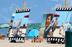 http://www.ellastudio.it/public/photos/Cesenatico_Bellavita_-_Si_prende_il_sole_in_spiaggia.jpg