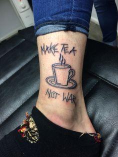 #timeless #timelesstattoos #thetimelesstattoo #alton #hampshire #marketstreet #tattoo #tattoos #tattooart #ink #tattoolife #inklife #bodyart #bodymods #tattoosofinstagram #tattoostudio #work #vintageshop #nofilter #tattoolove #tattoolovers #maketeanotwar #teacup #tea #war #maketea #notwar