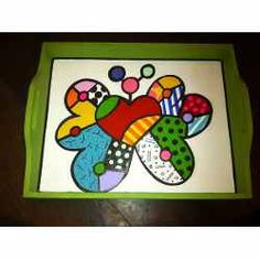 Bandeja Desayuno Simil Romero Britto - $ 310,00 Whimsical Art, Painting On Wood, Pop Art, Crafts For Kids, Tray, Doodles, Butterfly, Hand Painted, Stickers