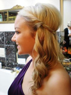 Inspiration needed - Half up half down hair styles :  wedding half up 1 DSCN4998