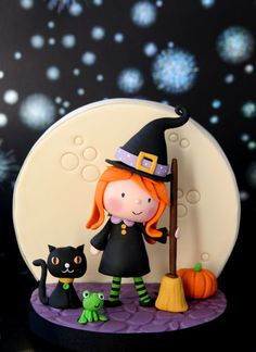 Little Witch Cake Topper - Cake by The Clever Little Cupcake Company (Amanda Mumbray) Halloween Sweets, Theme Halloween, Halloween Cupcakes, Halloween Birthday, Halloween Crafts, Halloween Decorations, Halloween Design, Polymer Clay Halloween, Polymer Clay Projects