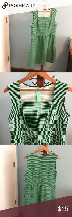 Merona Navy/Green striped dress Large Merona brand size large navy and green striped dress. Has pockets but I never opened the stitching so it lays better. Super cute can be dressed up or down. Back zipper entry.   Smoke free and pet free home. Merona Dresses Midi