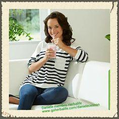 Frullato F1 può essere una sana e nutriente prima colazione: per affrontare la giornata con più energia. Frullato F1 può essere anche una cena, frugale ma completa di ogni nutriente. Vuoi provare? Chiedimi come al 3471365206. Ciaooooo