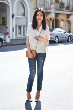 Anh Sundstrom [9 to 5 chic] is maternity chic in Gap jeans, Cos... - http://www.jfashion.co.uk/jfashion/blog/womens-clothes/anh-sundstrom-9-to-5-chic-is-maternity-chic-in-gap-jeans-cos/