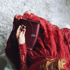 Party dressing never looked prettier! @inhonourofdesign with our Large Push Lock in Oxblood.