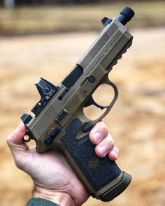 The Best Concealed Carry Guns For Women - Allgunslovers Weapons Guns, Guns And Ammo, Armas Airsoft, Weapon Storage, Custom Guns, Cool Guns, Rifles, Military Weapons, Concealed Carry