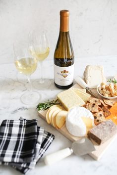How to Build the Perfect Cheeseboard