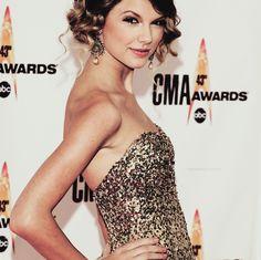 CMA #TaylorSwift