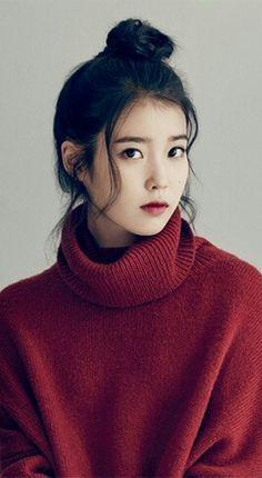 10 Celebrities Without Makeup Iu Fashion, Korean Fashion, Korean Beauty, Asian Beauty, Korean Celebrities, Celebs, Korean Girl, Asian Girl, Poses