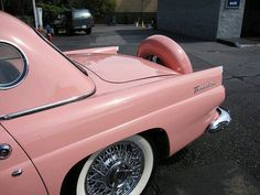 car, pink, and pale Bild