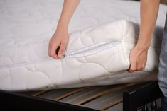 Mattresses for latex allergy sufferers Are you allergic to latex mattress Mattress Cleaning, Best Mattress, Mattress Covers, Clean Mattress, Bed Bug Remedies, Top 10 Home Remedies, Bed Bug Trap, Reuse Plastic Bags, Rid Of Bed Bugs