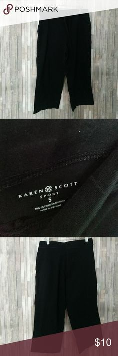 Karen Scott black Capri sweatpants Karen Scott sport black Capri cropped sweatpants like new condition  294 Karen Scott Pants Track Pants & Joggers
