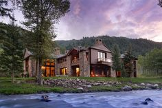 Popcorn Lane, Aspen - View more photos and price on the Mansion Homes app! #mansionhomes #realestate #luxuryhome #luxurylisting #mansion #luxuryrealestate