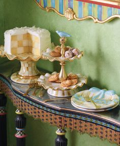 Host a dessert party with Parchment Check! I love the softness of this pattern.