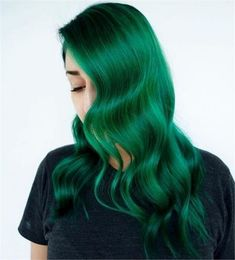 Find 63 green hair color shades to get excited, as well as our favorite semi-permanent or temporary green hair dye brands and kits to try at home! Pastel Green Hair, Emerald Green Hair, Green Hair Dye, Dark Green Hair, Green Hair Colors, Hair Dye Colors, Dye My Hair, Short Green Hair, Lilac Hair