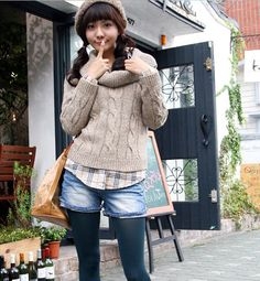 This outfit choice is too CUTE! is so laid back, boyish and cozy, but has that cuteness about it which i adore!