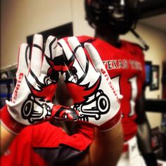 #TexasTech Football Gloves