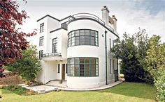 Art deco house